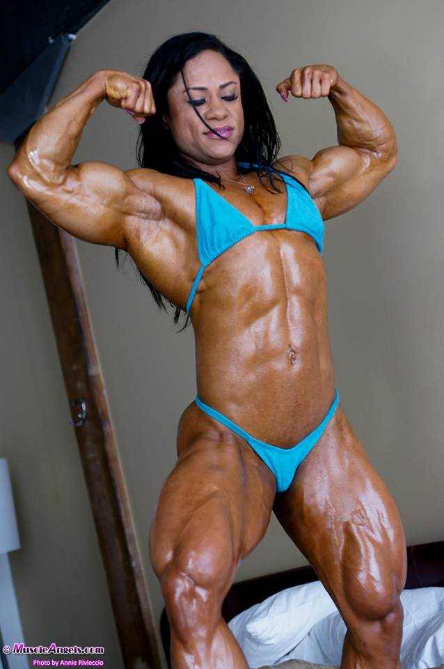 Candid gym girl from ep6 - 3 part 9
